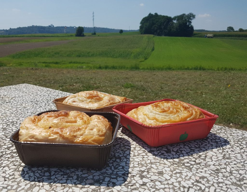 burek pastei slovenie eten